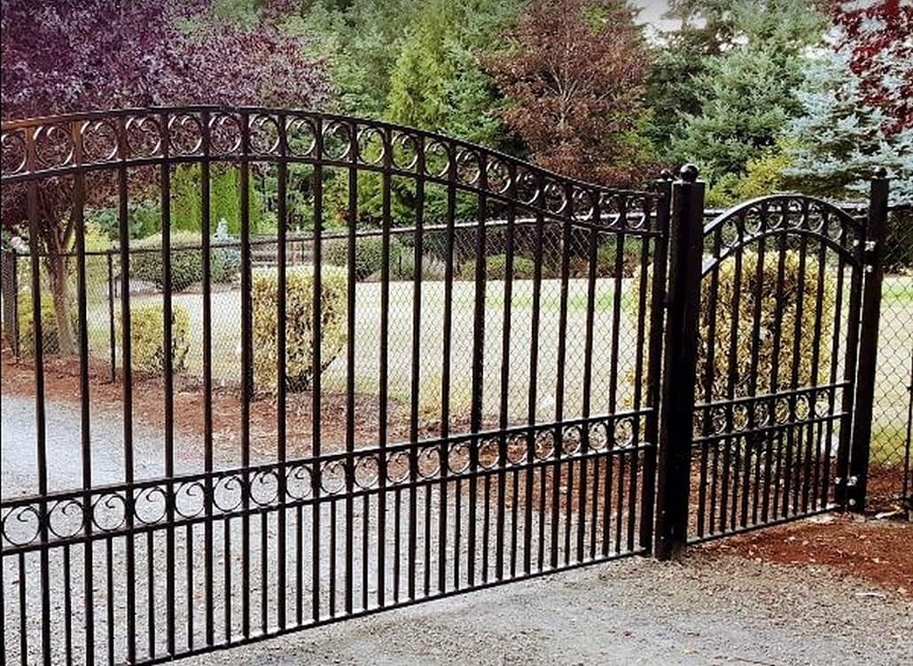 fence contractor near me
